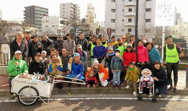 横浜SUP倶楽部による大岡川リバークリーンの様子