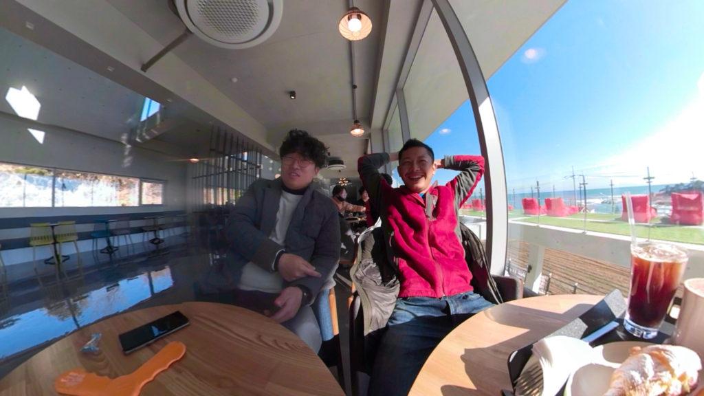 韓国の海が見えるカフェ