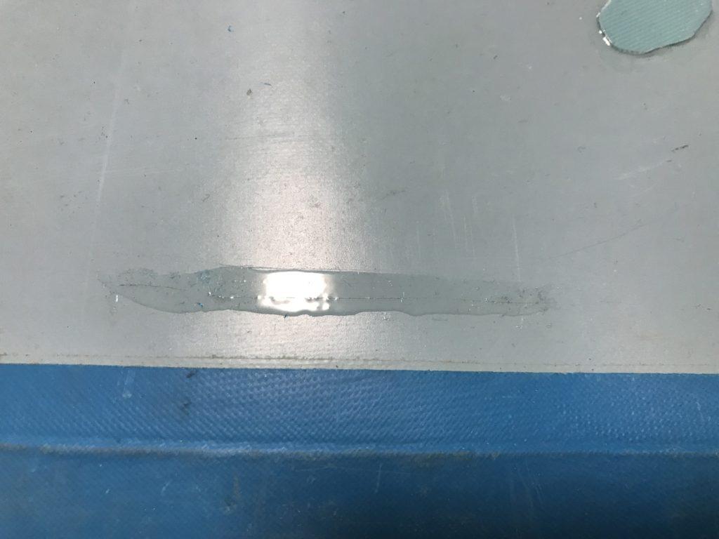 インフレータブルSUPの傷と補修の様子