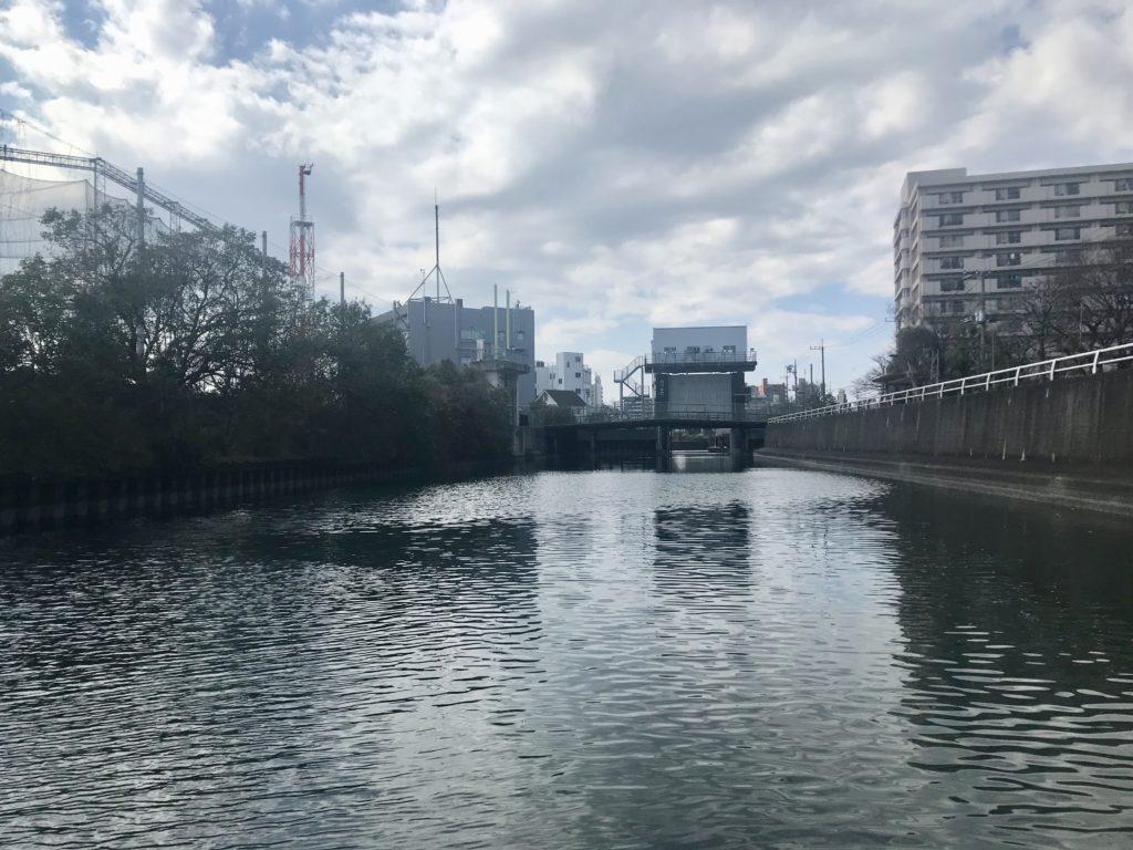 大田区の大森にある内川と内川水門