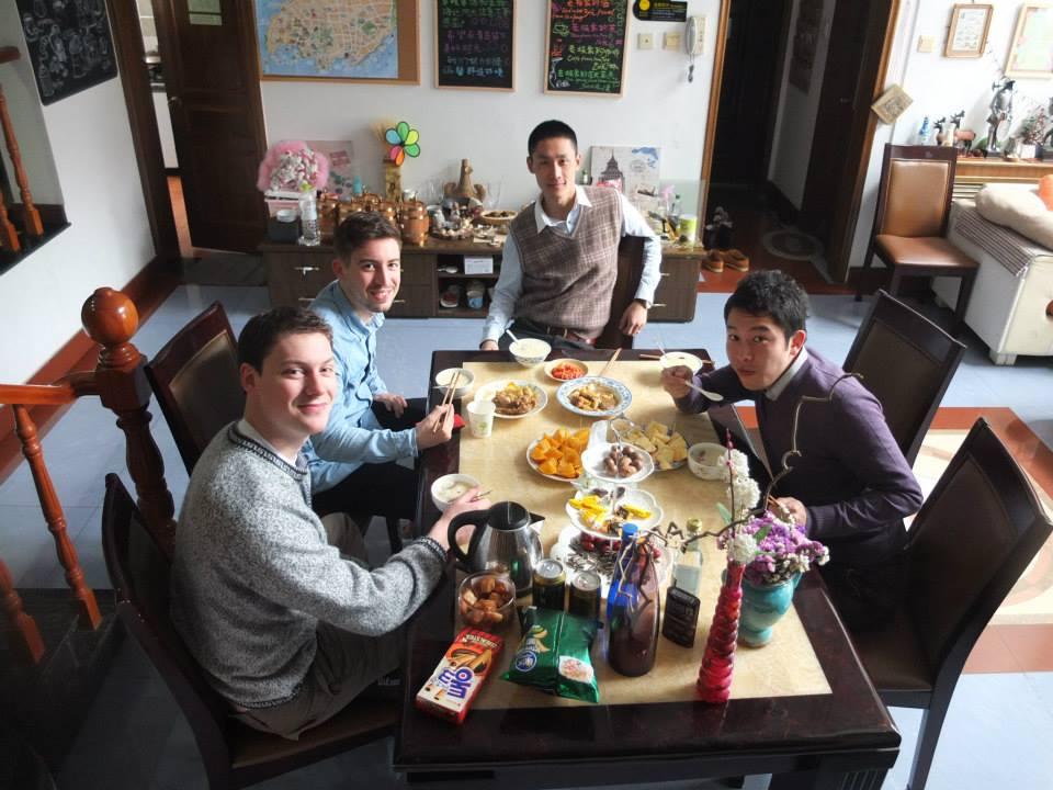 初中国でいきなりAirbnb。料理めちゃめちゃ美味しかった!