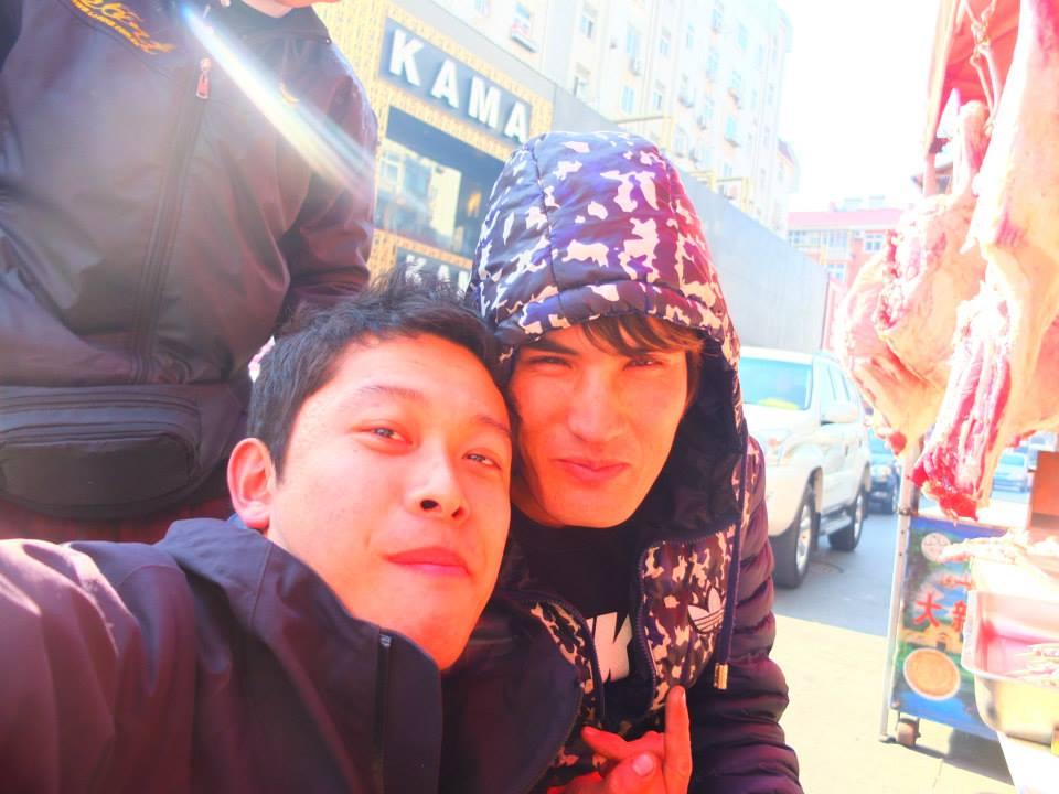2015年。初の中国では、ウズベキスタン人となぜか中国語で会話。