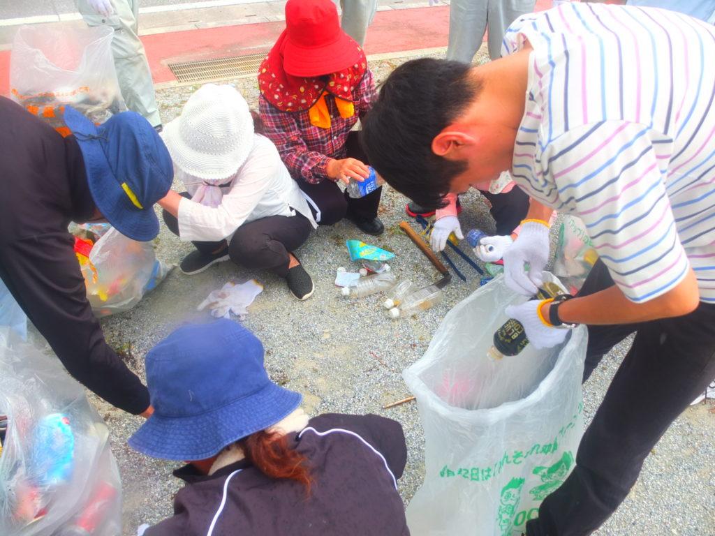 国頭村商工会主催クリーンキャンペーン