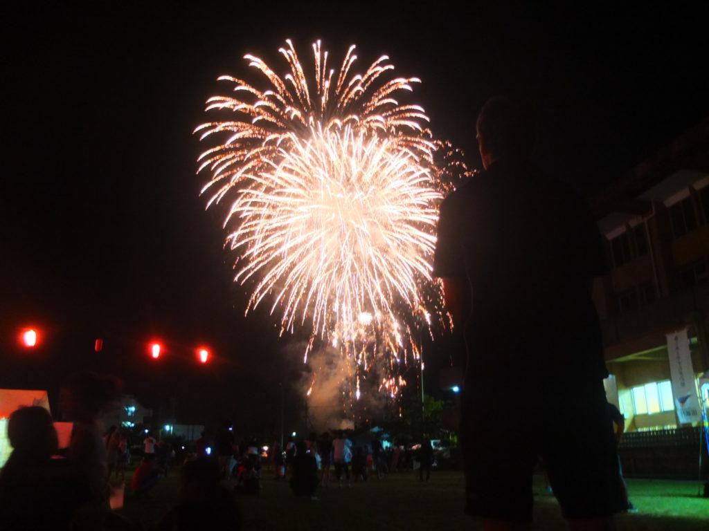飲んで踊って大熱狂の国頭村祭り!花火