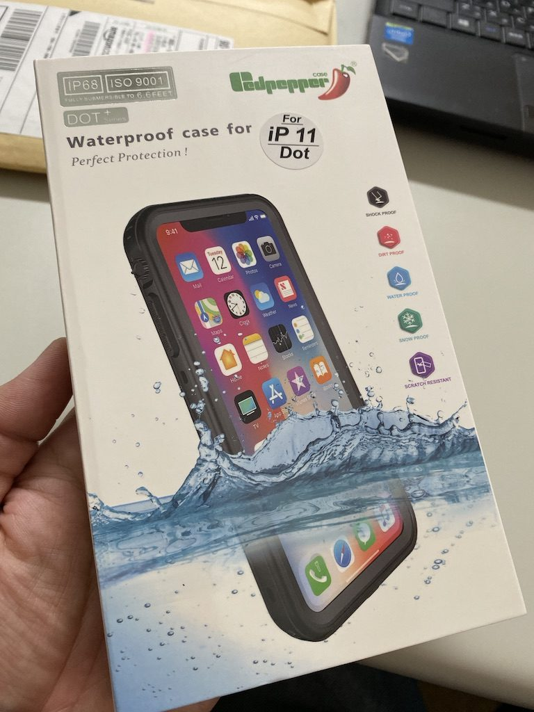 iPhone11対応防水ケース
